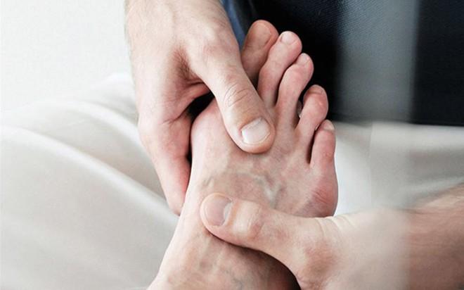 9 nguyên nhân làm tăng nguy cơ mắc bệnh gút - Ảnh 8.