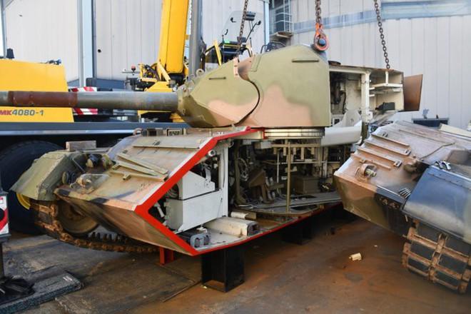 Thú vị xe tăng Leopard 1A3 trong tình trạng bị cắt dọc - Ảnh 10.