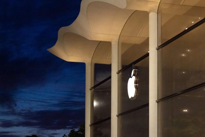 Chiêm ngưỡng Apple Store siêu đẹp với thiết kế lấy cảm hứng từ bãi biển nhiệt đới - Ảnh 2.
