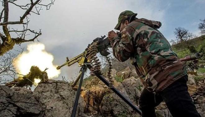 Khủng bố ồ ạt tấn công đầu não KQ Nga ở Khmeimim, QĐ Syria trút hỏa lực hủy diệt phiến quân - Ảnh 5.