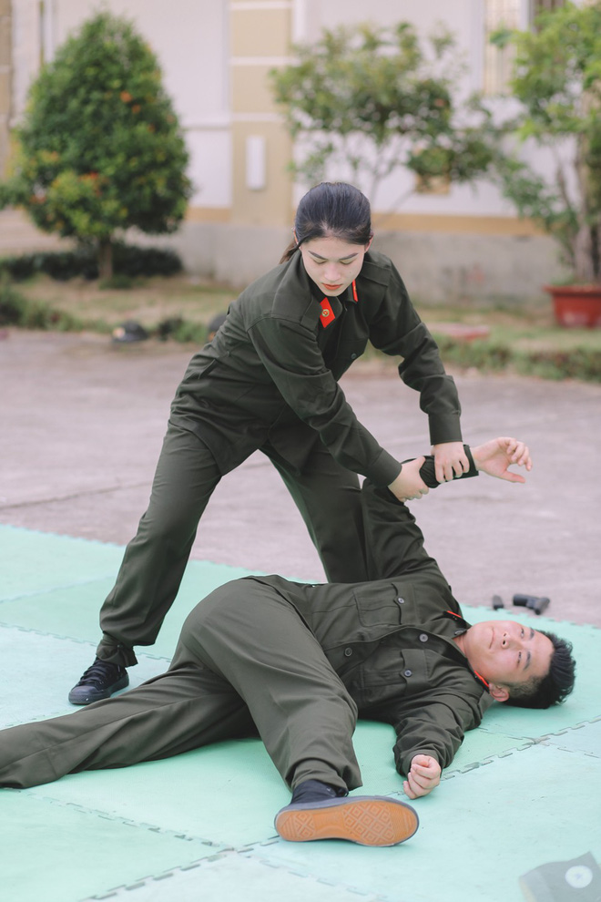 Trương Quỳnh Anh bức xúc, lớn tiếng trước mặt chồng cũ - Ảnh 10.