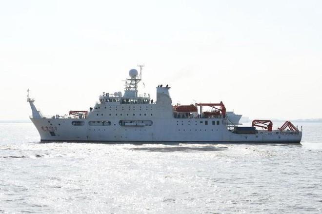 Mạnh tay với Bắc Kinh, Philippines lệnh cấm cửa tàu khảo sát Trung Quốc vào vùng đặc quyền kinh tế - Ảnh 1.