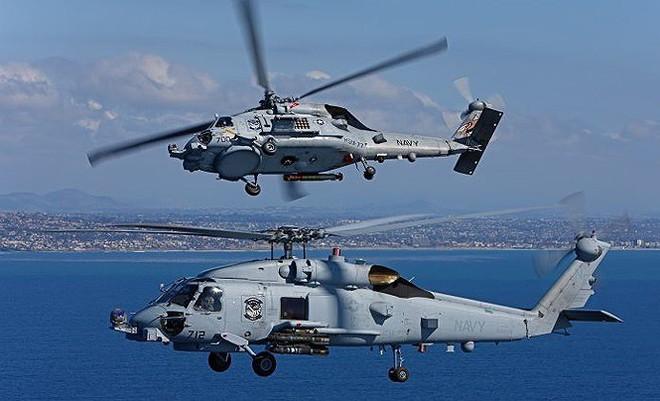 Vừa tập trận chung, Mỹ bán cho Hàn Quốc 12 trực thăng chống ngầm MH-60R - Ảnh 1.