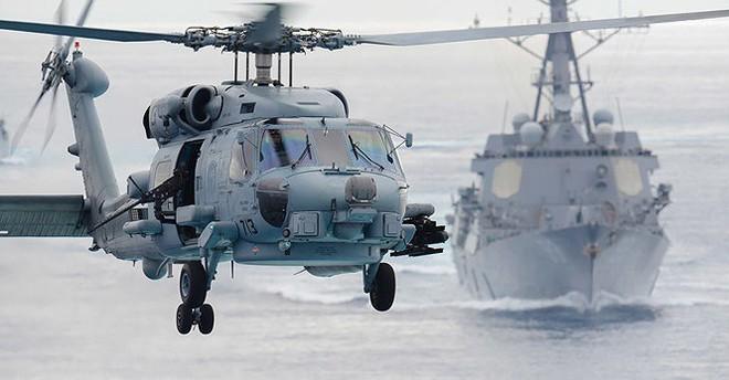 Vừa tập trận chung, Mỹ bán cho Hàn Quốc 12 trực thăng chống ngầm MH-60R - Ảnh 2.