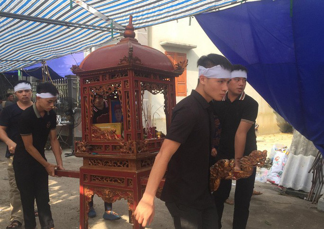 Quang Hải về chịu tang ông nội ngay sau khi lập hat-trick kiến tạo thắng Thanh Hóa - Ảnh 10.