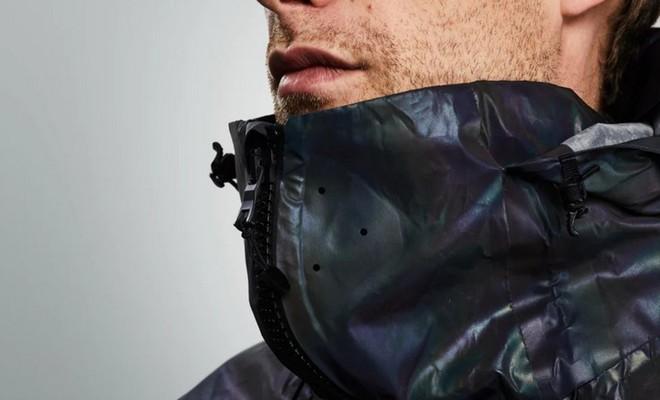 Độc đáo chiếc áo khoác có thể biến đổi màu sắc vô cùng ảo diệu giống loài mực - Ảnh 3.