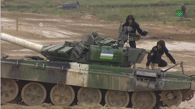 Sự cố đặc biệt nghiêm trọng đầu tiên tại Tank Biathlon 2019 - Lộ đối thủ của Việt Nam ở chung kết - Ảnh 14.