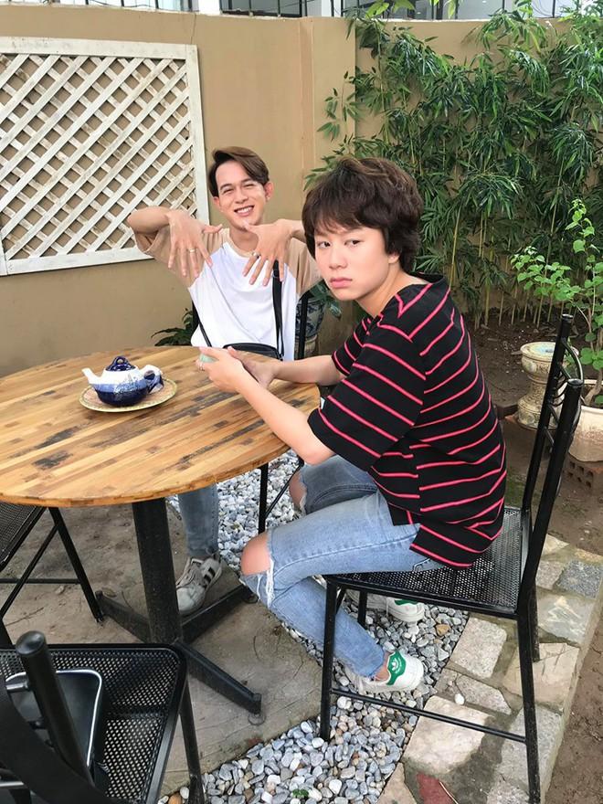 Bảo Hân xem tập cuối Về nhà đi con cùng Thu Quỳnh, tiết lộ cảm xúc khi phim kết thúc - Ảnh 4.
