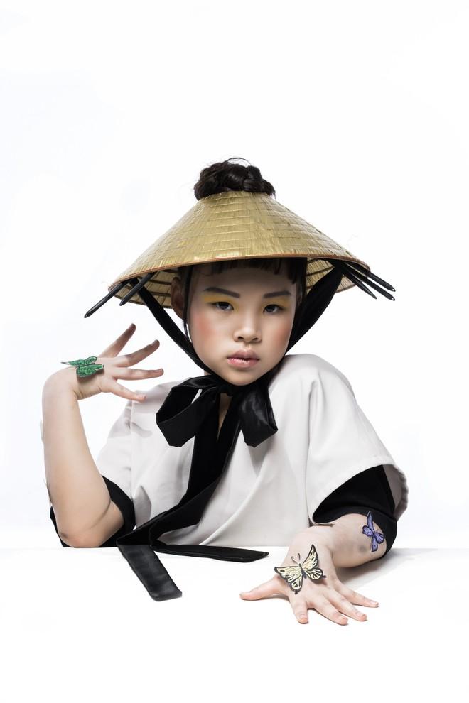 Mẫu nhí Trần Phương Anh gây bất ngờ với bộ ảnh đầy ma mị - ảnh 6