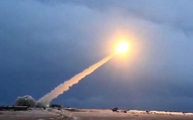 """Động cơ hạt nhân tên lửa """"không thể đánh bại"""" của Nga phát nổ gây hậu quả khủng khiếp?"""