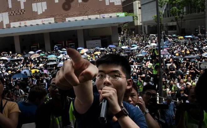 Trung Quốc chính thức cáo buộc Mỹ 'giật dây kích động tại Hồng Kông'