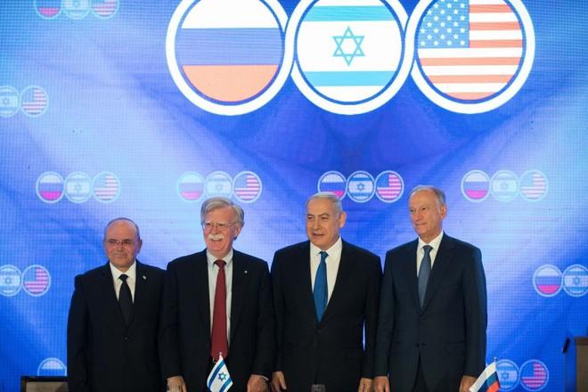 Chơi trò mèo vờn chuột ở Syria: Iran-Israel cố chèo kéo Nga về phe, ông Putin đứng giữa hai dòng nước? - Ảnh 3.