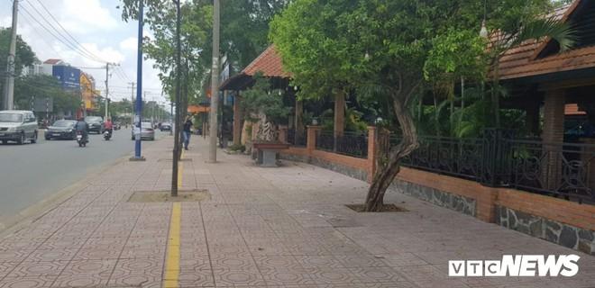 Giang hồ vây xe công an ở Đồng Nai: Khởi tố, bắt tạm giam 4 bị can - Ảnh 1.
