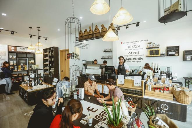 Trung Nguyên E-coffee và mục tiêu trở thành hệ thống cửa hàng cà phê hàng đầu Việt Nam - Ảnh 3.