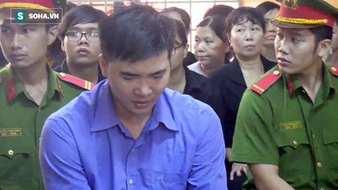 Thầy giáo giết người yêu ở Sài Gòn ngất xỉu khi bị tăng án tử hình - Ảnh 1.