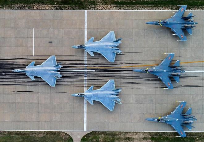Tham vọng hiện đại hóa Không quân của Trung Quốc: Khó khăn do thiếu máy bay? - ảnh 10