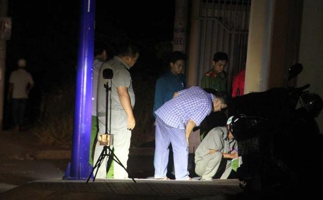 Hỗn chiến trong đêm ở Sài Gòn, thiếu niên 16 tuổi bị đâm tử vong