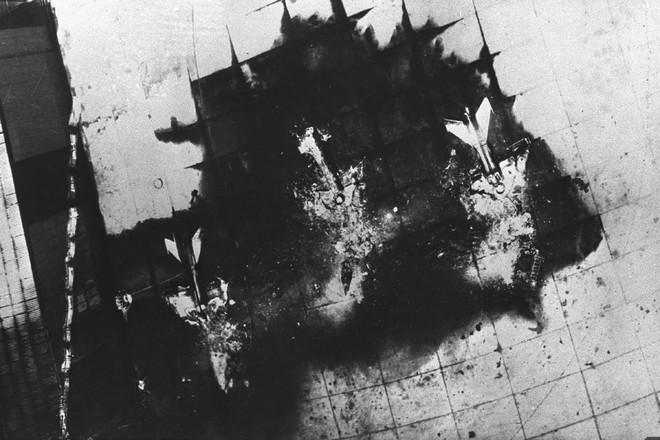 Phi vụ đặc biệt giải cứu các phi công Israel bị bắn rơi - KQ Ai Cập từng suýt bị xóa sổ - Ảnh 2.