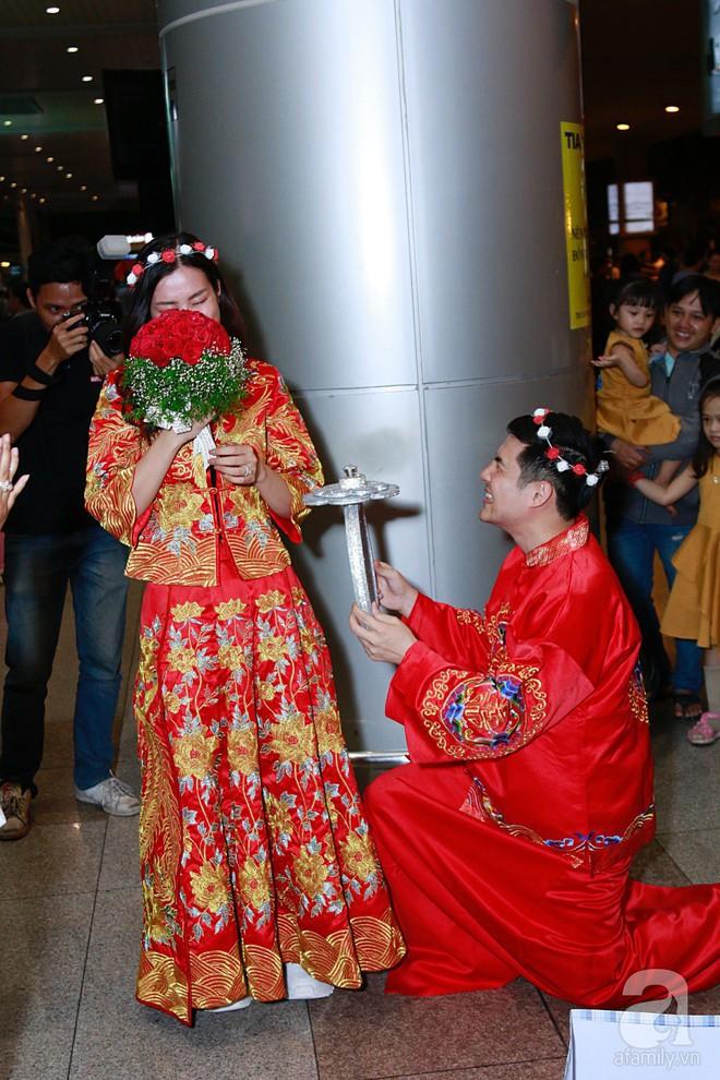 Đông Nhi, Ông Cao Thắng khoe quà cưới sau khi bị bắt gặp chụp hình cưới tại Úc - Ảnh 2.