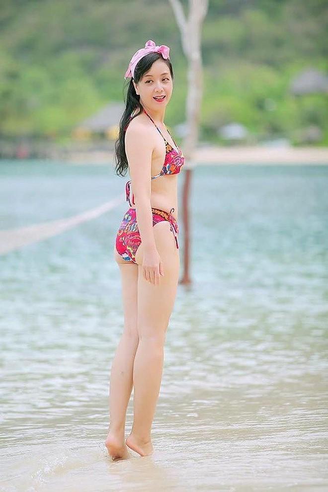 Hồng Nhung, Chiều Xuân, MC Kỳ Duyên 'đọ dáng' với bikini - ảnh 6