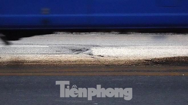 Vì sao cầu Thăng Long rung lắc mỗi khi xe ô tô đi qua? - Ảnh 9.