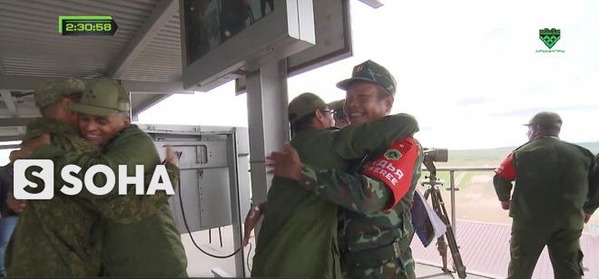 Đội Việt Nam xuất sắc về đích thứ 2 tại chung kết Tank Biathlon - Kỳ tích lịch sử - Ảnh 3.