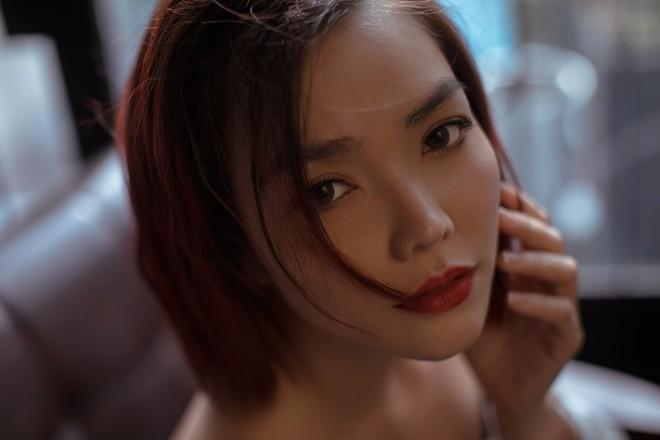 Hồng Kim Hạnh gợi cảm trong bộ ảnh mới, chuẩn bị tái xuất màn ảnh - Ảnh 6.