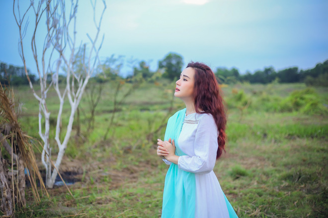 Ca sĩ Vy Oanh: Khi thu âm và quay MV cho album này, tôi khóc rất nhiều vì nhớ ba mẹ - Ảnh 6.