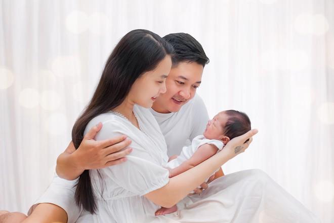 Hải Băng 3 năm sinh 3 đứa con cho Thành Đạt: Tôi không đặt nặng phải có 1 đám cưới - Ảnh 5.