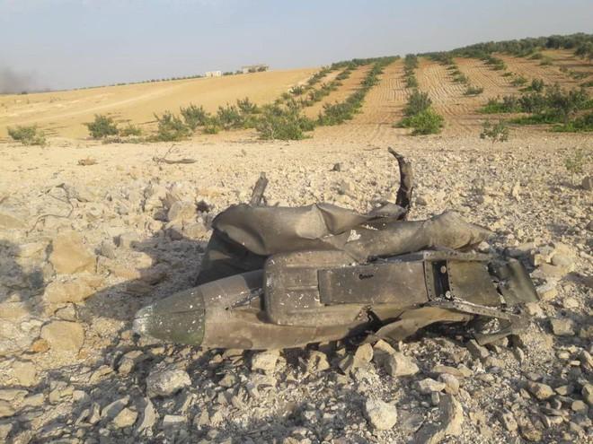 Bí ẩn số phận phi công trên chiến đấu cơ Sukhoi vừa bị bắn hạ - Chiến sự Syria nóng rực, phiến quân hoảng loạn - Ảnh 10.