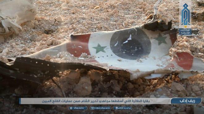 Bí ẩn số phận phi công trên chiến đấu cơ Sukhoi vừa bị bắn hạ - Chiến sự Syria nóng rực, phiến quân hoảng loạn - Ảnh 3.