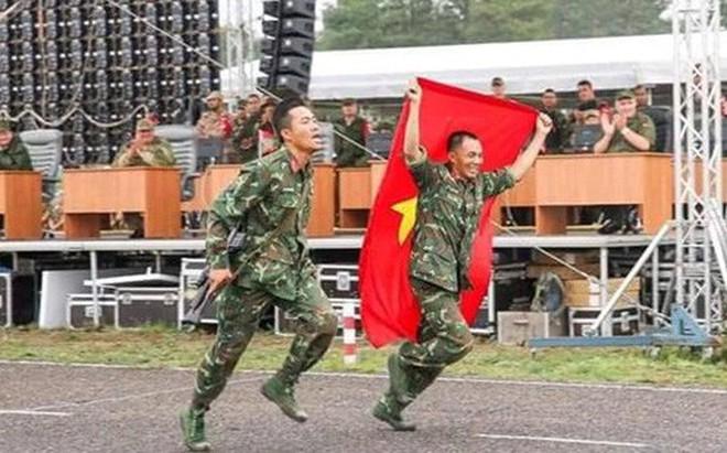 Việt Nam giành giải ba bài Bắn tỉa trong hành tiến