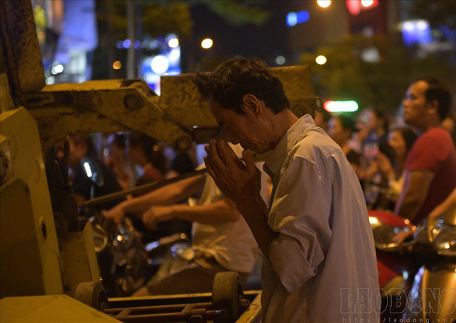 Hàng nghìn người ngồi kín chùa Phúc Khánh nghe giảng kinh trong lễ Vu Lan - Ảnh 7.