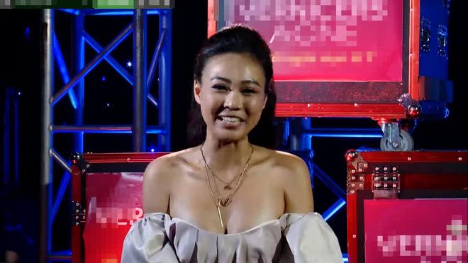Á hậu Như Trần bị chê mặc lố, hở hang trên truyền hình - Ảnh 3.