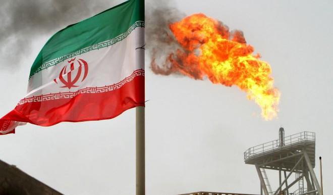 Trung Quốc nối lại ba đại dự án dầu mỏ với Iran - Ảnh 2.