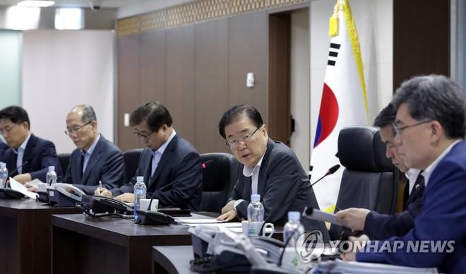 Triều Tiên lại phóng tên lửa thị uy sau tuyên bố bất ngờ của TT Hàn Quốc về thời điểm thống nhất - Ảnh 1.