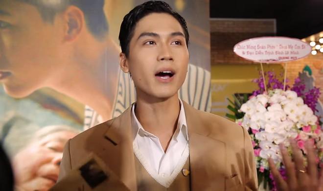 Hoàng thượng của Chi Pu: Tôi và bạn diễn nam thực hiện cảnh hôn đồng tính tới 5, 6 lần! - Ảnh 5.