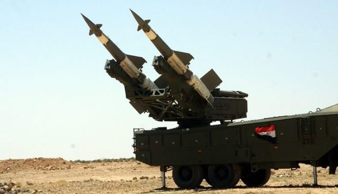 Syria bắn hạ tên lửa tấn công địa bàn đặt hệ thống S-300, S-400 Nga sẵn sàng khai hỏa - Ảnh 8.