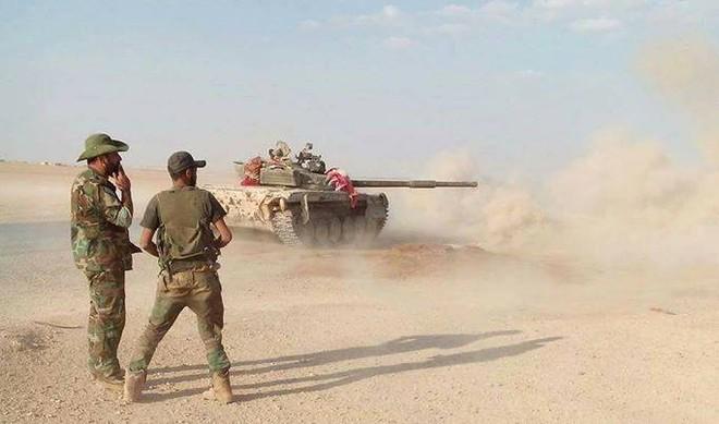 Chiến sự Syria: Tuyệt vọng, phiến quân trỗi dậy điên cuồng tấn công nhưng bất lực trước lực lượng Hổ Syria - Ảnh 1.
