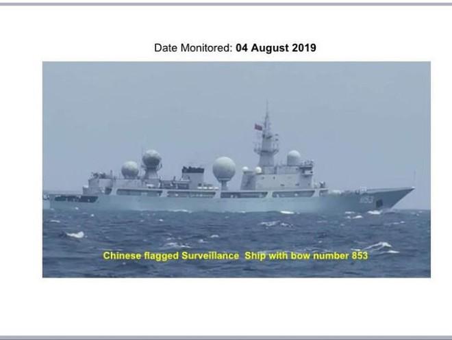 Bộ trưởng Quốc phòng Philippines bức xúc vì tàu chiến Trung Quốc đi lại bí hiểm ở vùng biển Philippines - Ảnh 1.