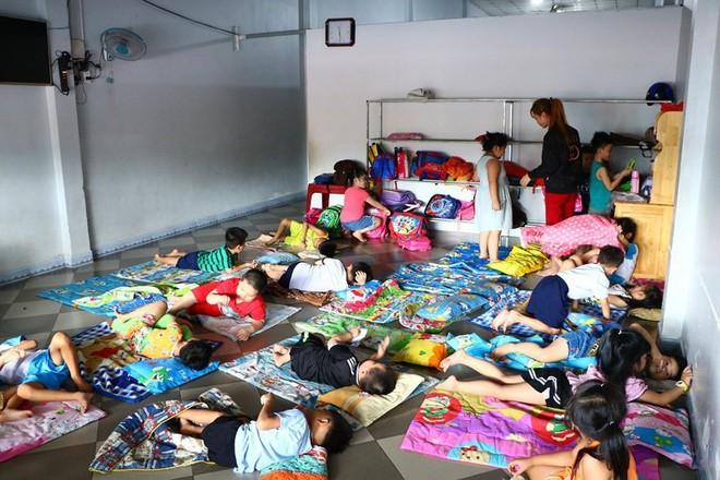 """Bỏ quên trẻ 10 giờ liền, trung tâm bán trú """"chui"""" bị đóng cửa - Ảnh 3."""
