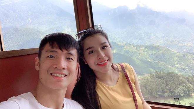 Bùi Tiến Dũng và cô chủ khách sạn tình tứ trên đỉnh Fansipan - Ảnh 5.