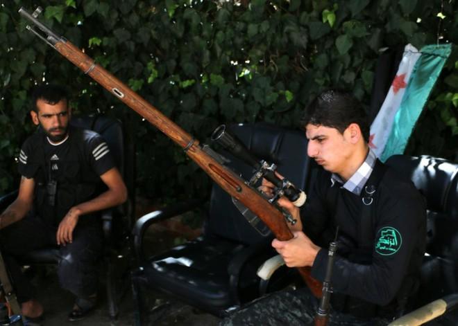 Không thiếu vũ khí xịn, binh sĩ Syria vẫn thích dùng súng bắn tỉa cổ lỗ Mosin: Vì sao thế? - Ảnh 3.