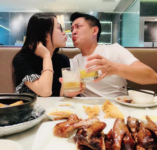 Chân dung người chồng cho Hải Băng 100 triệu/tháng để mua sắm - Ảnh 2.