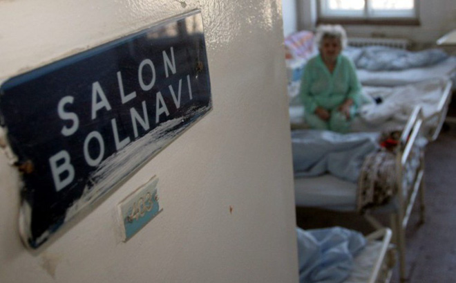 Thảm án giết 4 bệnh nhân, làm 9 người khác bị thương rúng động Romania