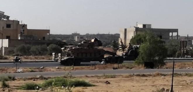 Căng thẳng tăng cao, phiến quân sụp đổ, Thổ Nhĩ Kỳ cấp tốc ứng cứu - QĐ Syria được lệnh tấn công, bất kể là ai - Ảnh 11.