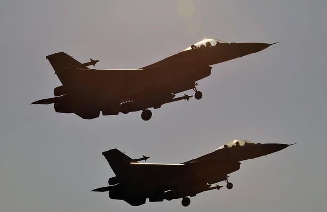 Ông Trump duyệt thương vụ bán 66 chiếc F-16V cho Đài Loan - ảnh 1