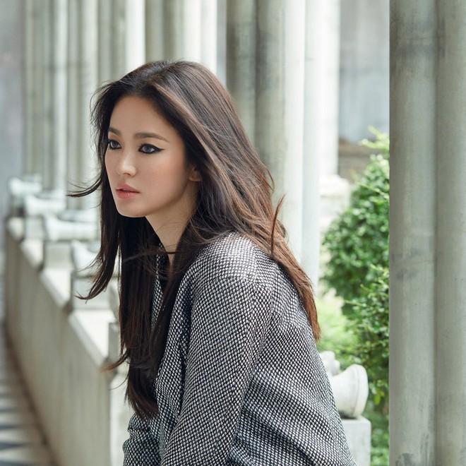 Âm thầm xuất hiện hậu ly hôn Song Joong Ki, Song Hye Kyo bất ngờ trở thành chủ đề bàn tán vì sự thay đổi đặc biệt này - Ảnh 1.