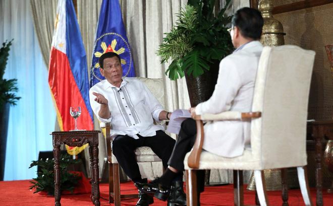 Tổng thống Duterte: Là tự nhiên khi Trung Quốc theo dõi Philippines