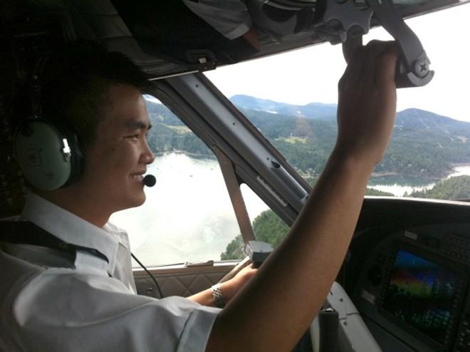 Chàng phi công đầu tiên lái thủy phi cơ qua 5 quốc gia về Việt Nam - Ảnh 6.